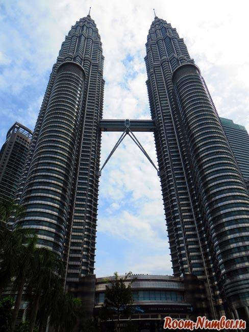 фото Петронас в Куала-Лумпур