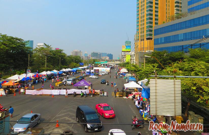 Обстановка в Бангкоке на сегодняшний день в районе Чатучак. Фото, видео и карта беспорядков