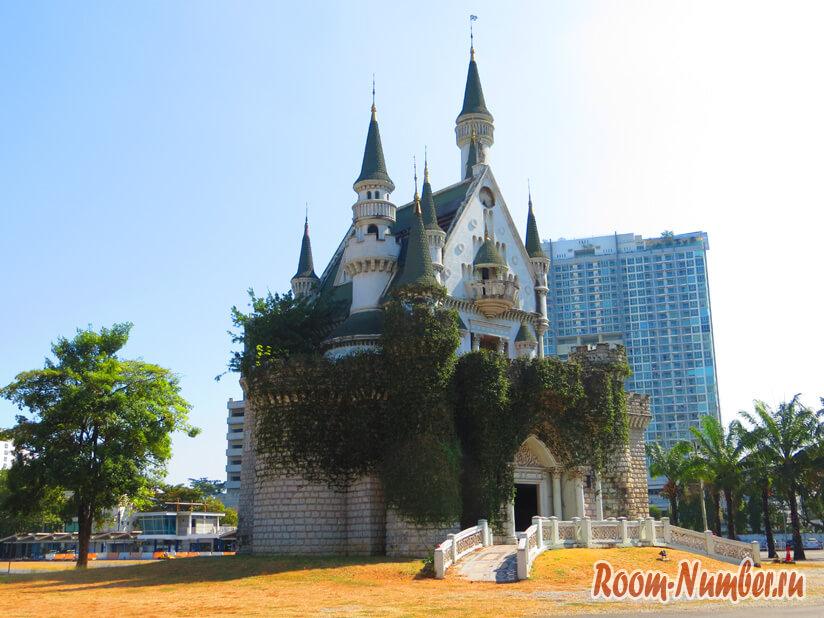 Замок в Бангкоке