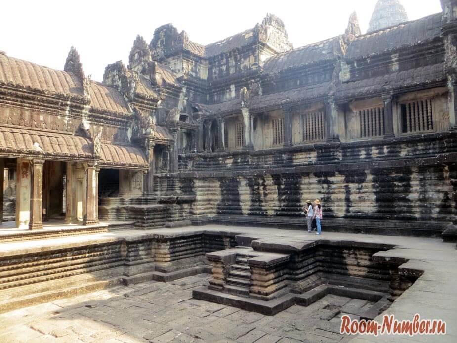 Angkor-wat-0004