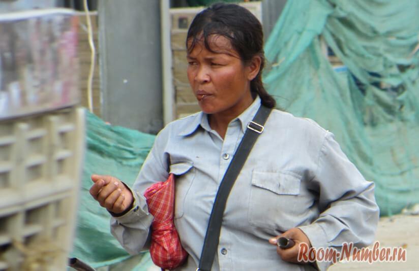 женщина в камбодже