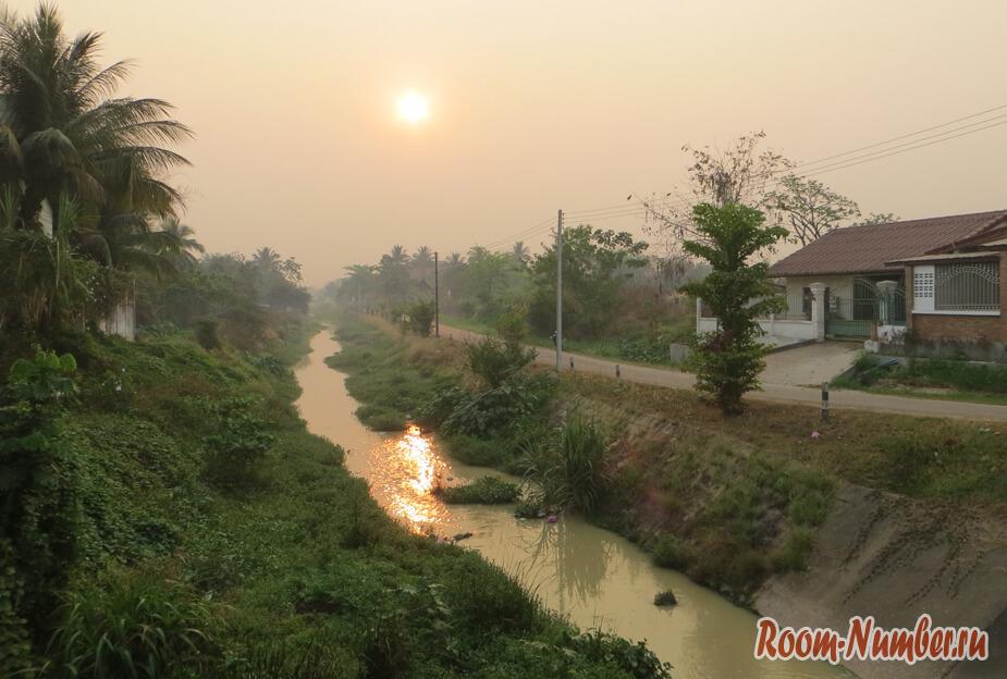 река лаос