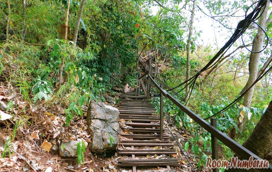 лестница в горах
