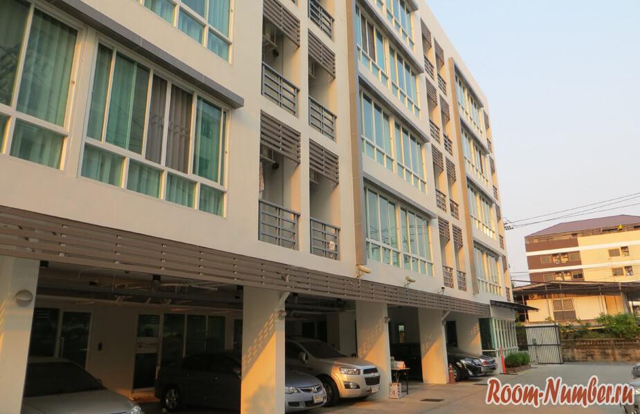 Аренда квартиры в Бангкоке в кондоминиуме Соларио