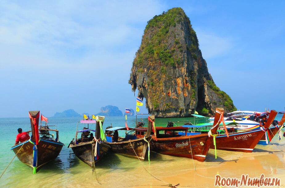 Пляж Пра Нанг на полуострове Рейли. Голубая вода, горы, туристы и пещера с членами