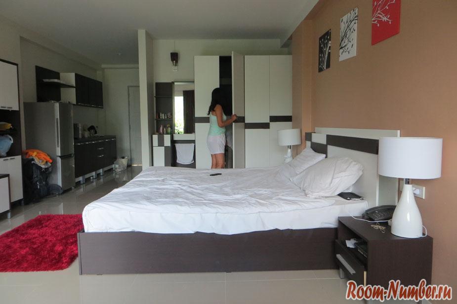 На фото комната Ao Nang Mountain View hotel
