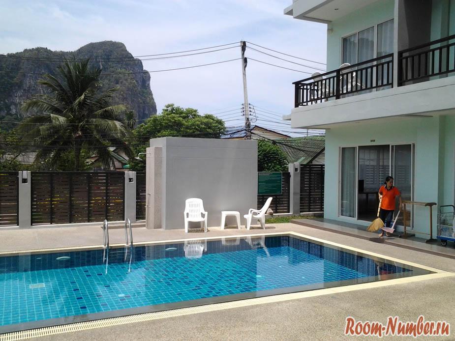 Ao Nang Miti Resort в Краби, бассейн