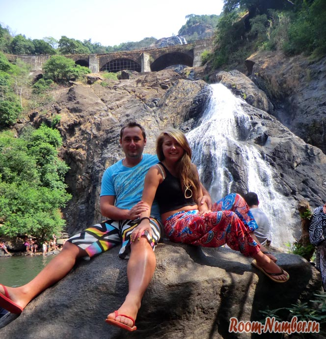 dudhsagar-falls-002