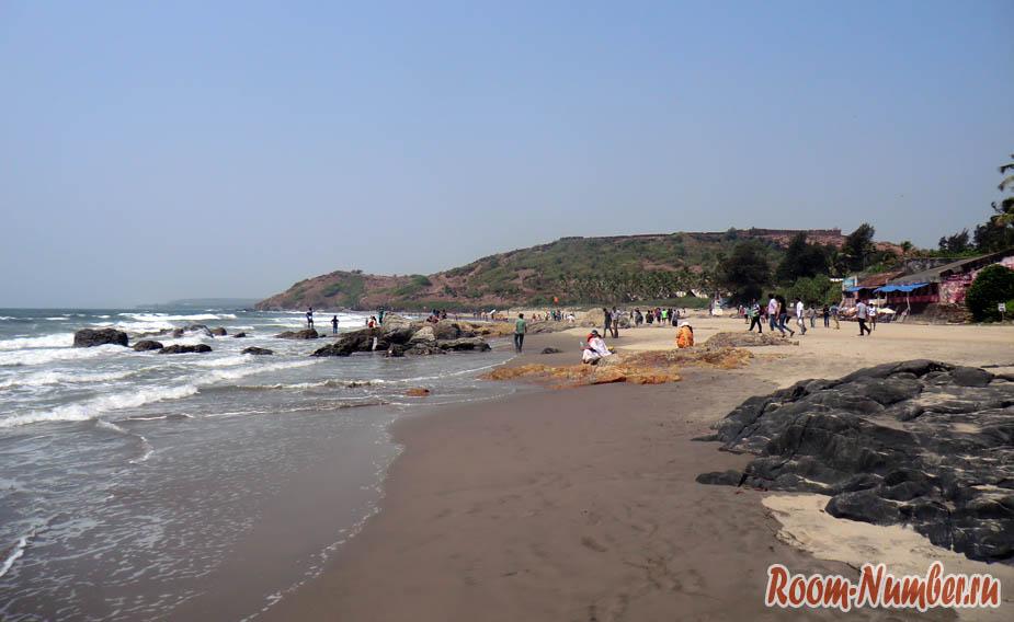 Вагатор – пляж с коровами в Гоа (шокирующая Индия)