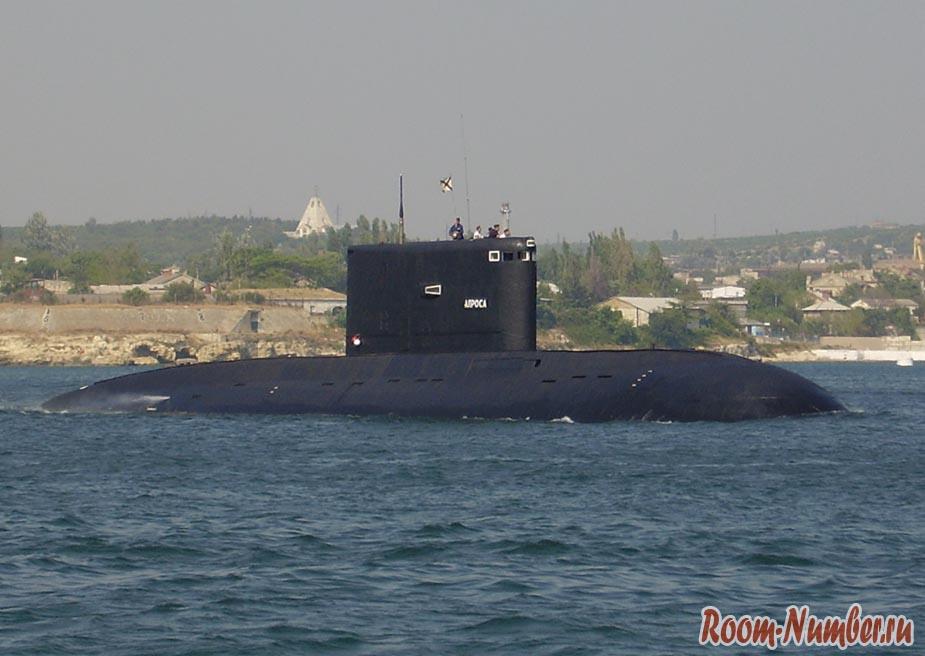 Подводная лодка в Севастополе