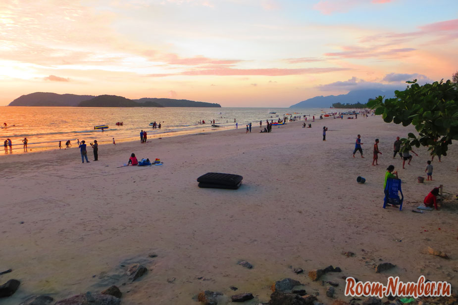 Пляжи Лангкави: закат на Пантае