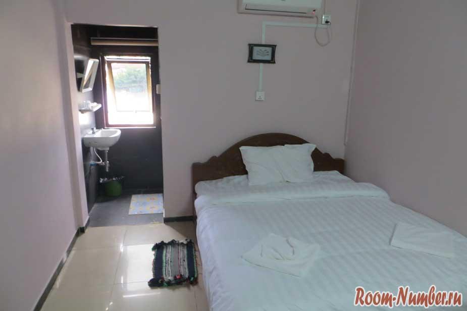 Маленька комната в Cobra Guesthouse