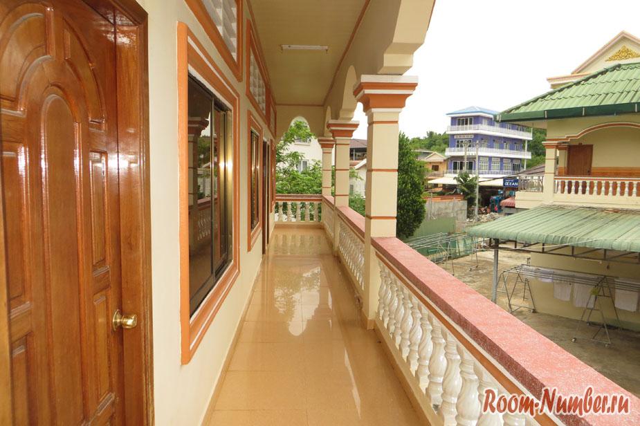 Балкон chan sovannkiry guesthouse