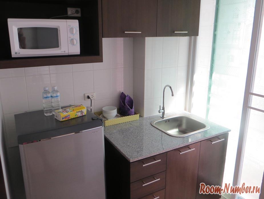 Кухня в кондоминиуме в Бангкоке