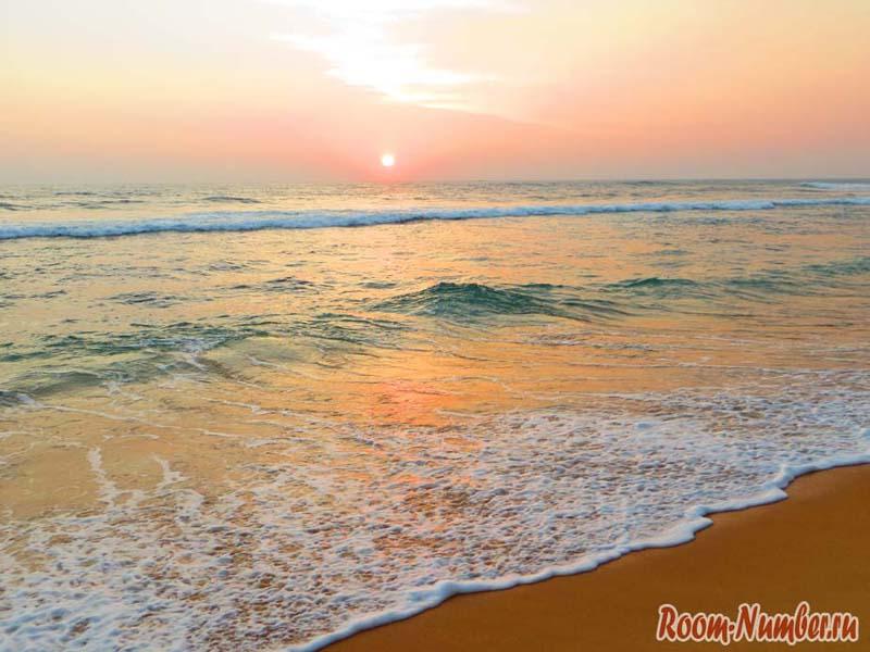 Закат на Шри Ланке в Ваддуве
