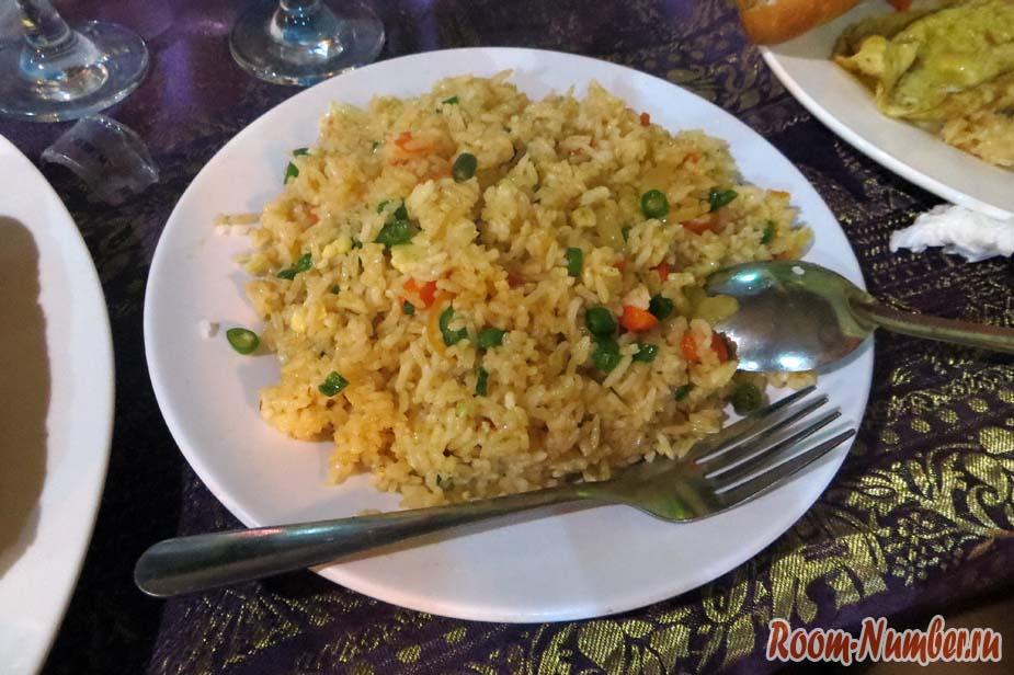 жареный рис в азии