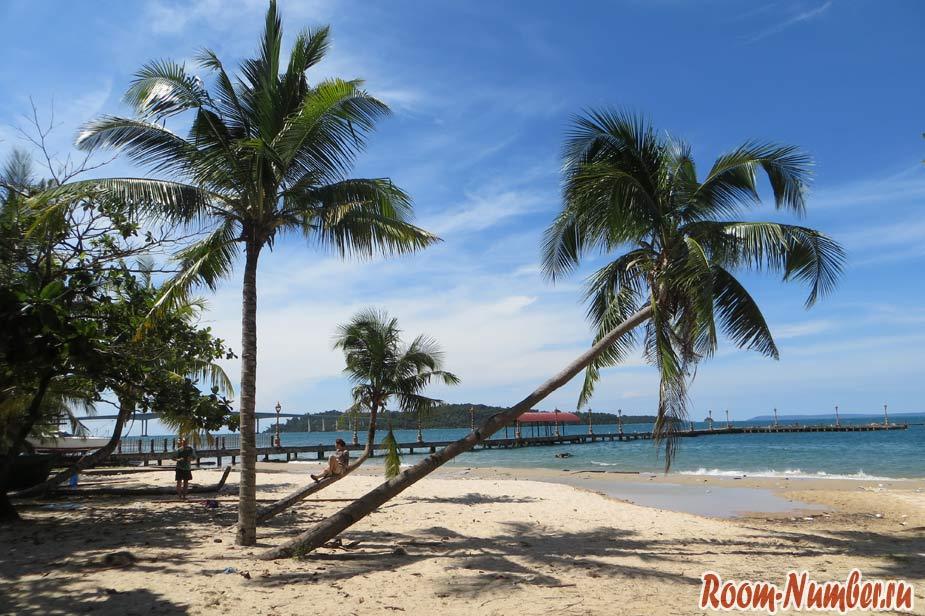 Пляж Виктори в Сиануквиле. Самый дальний, но далеко не самый лучший
