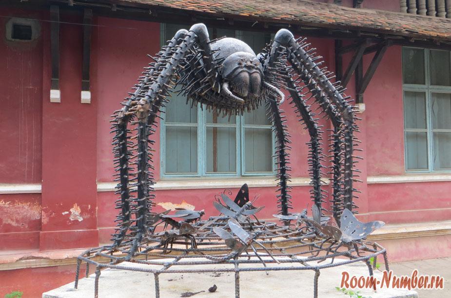 железный паук