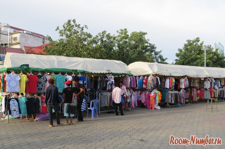 nait-market-v-pnom-pene-1