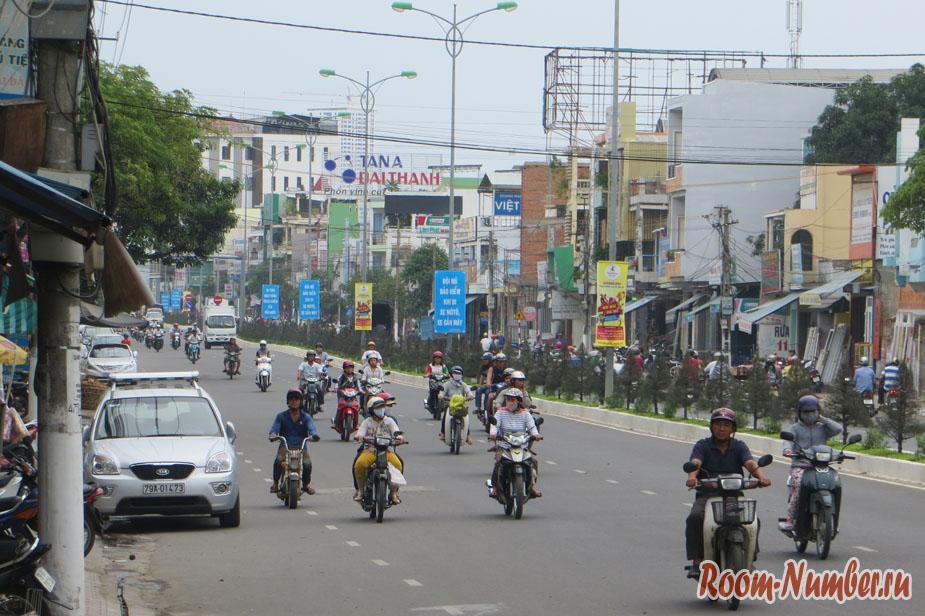symashedchee-dvichenie-vo-vietname-12