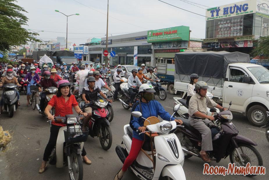 symashedchee-dvichenie-vo-vietname-15