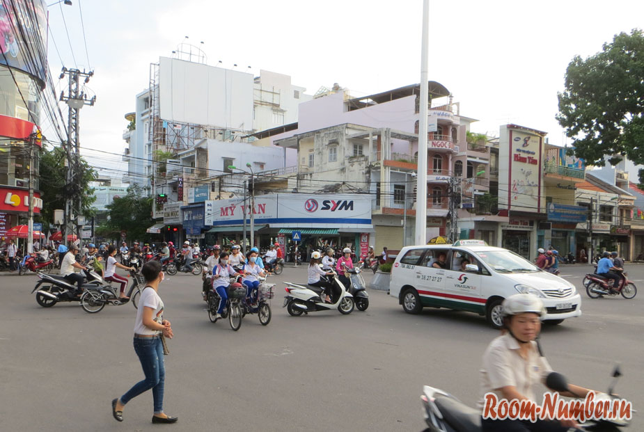 symashedchee-dvichenie-vo-vietname-9