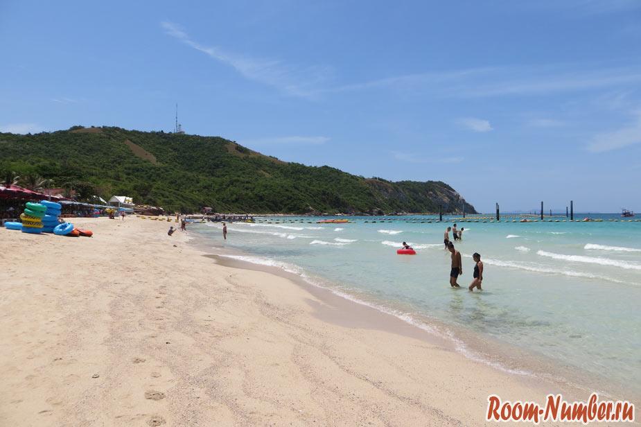 Пляж Samae Ко Лан