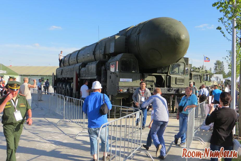 тополь-м на выставке армия 2015