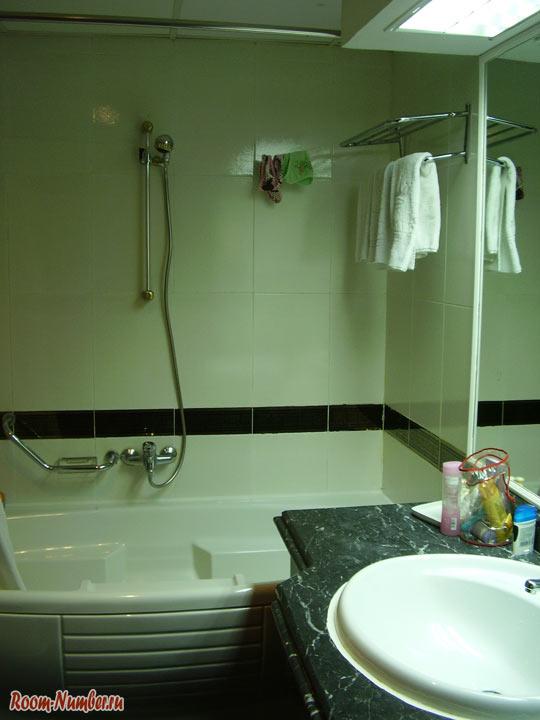 Голден 5 даймонд - фото ванной комнаты в отеле