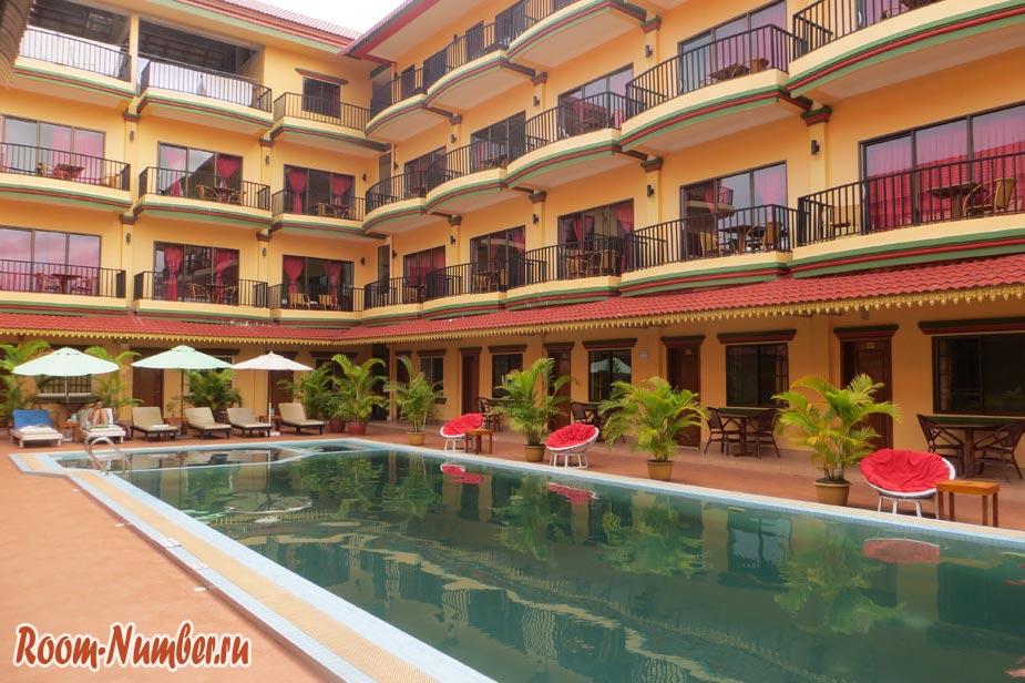 Снять номер в отеле в сиануквиле стоит в среднем 25 долларов