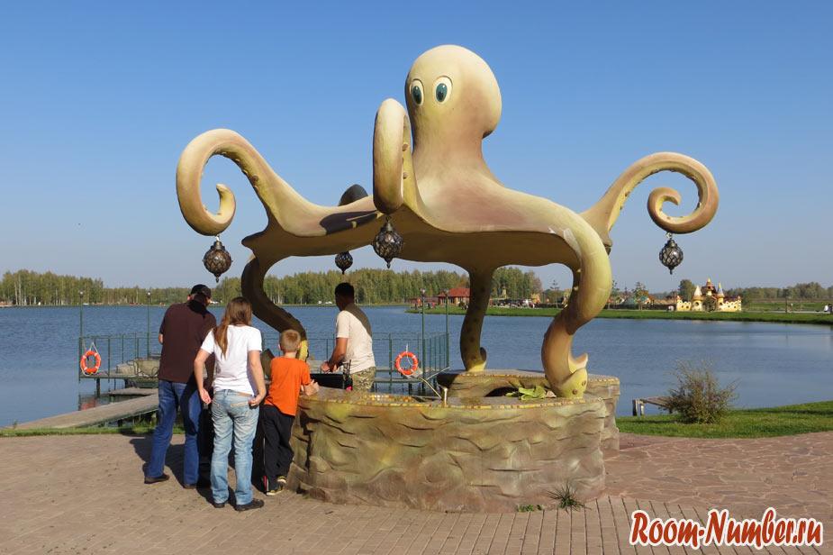 скульптура осьминога