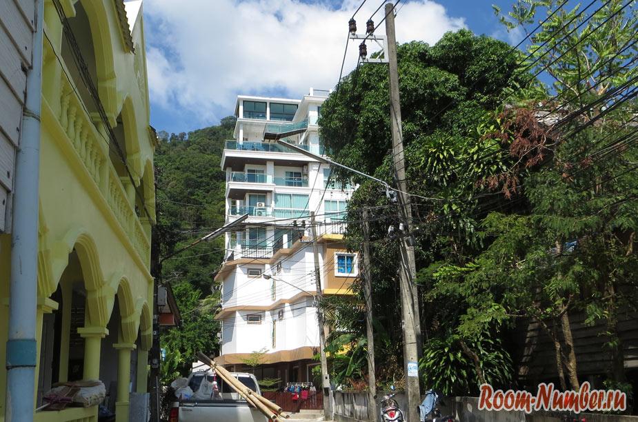 High Style Condominium в Патонге: просторные квартиры и шикарный вид