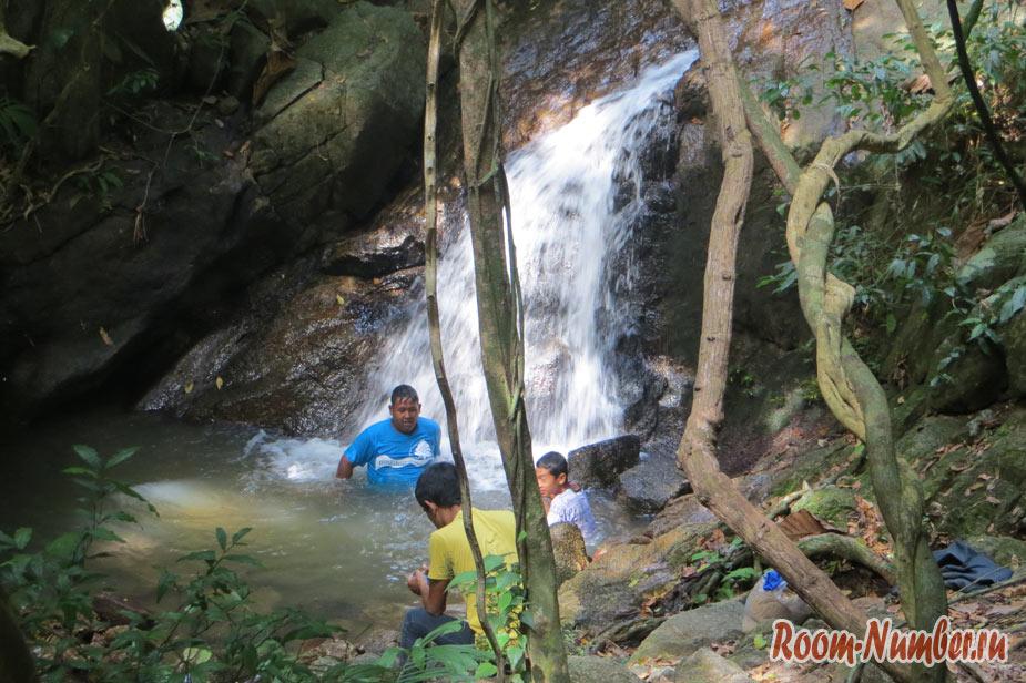 vodopad-na-phykete-17