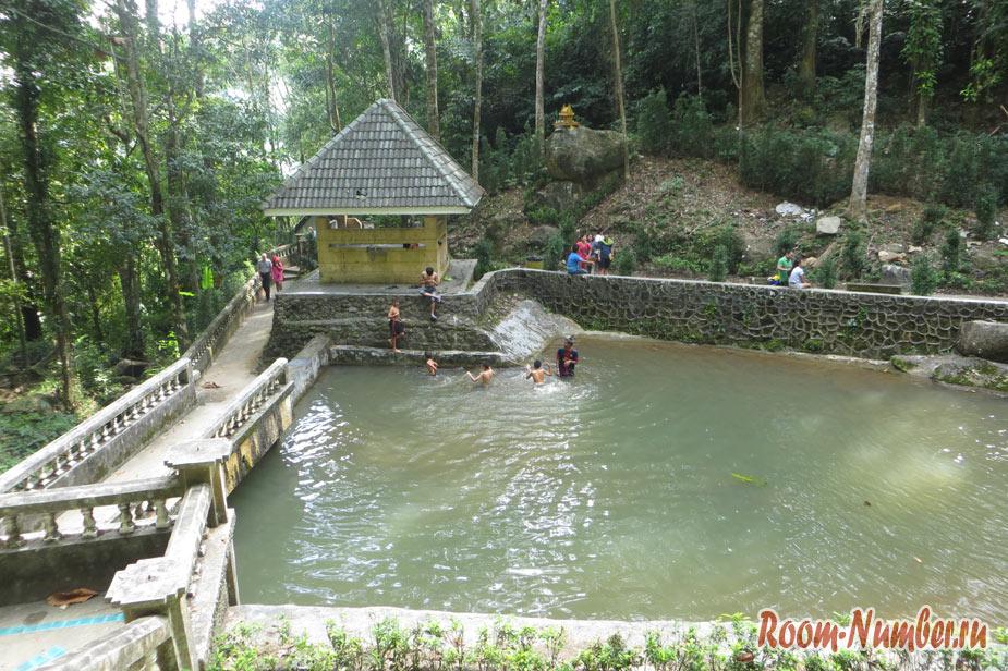 vodopad-na-phykete-7
