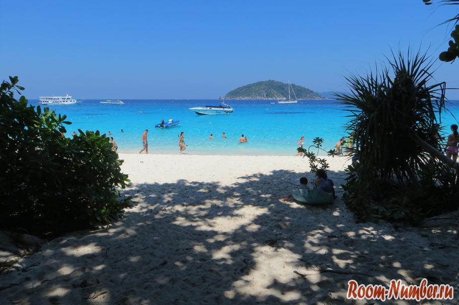 пляж принцесс бич на симиланских островах в тайланде