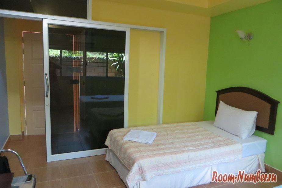 Baan To Guesthouse — дешевый отель в Краби-тауне на несколько дней