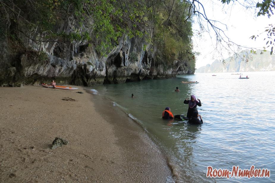 ekskyrsia-na-ostrov-dgeimsa-bonda-38
