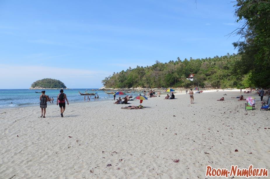 Отели на пляже Ката на Пхукете по нормальным ценам