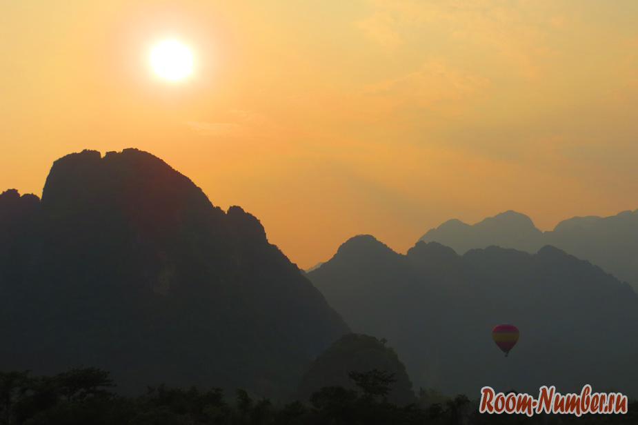 grand-view-gesttxays-vang-vieng-5
