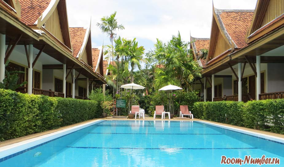 Отели Бангтао