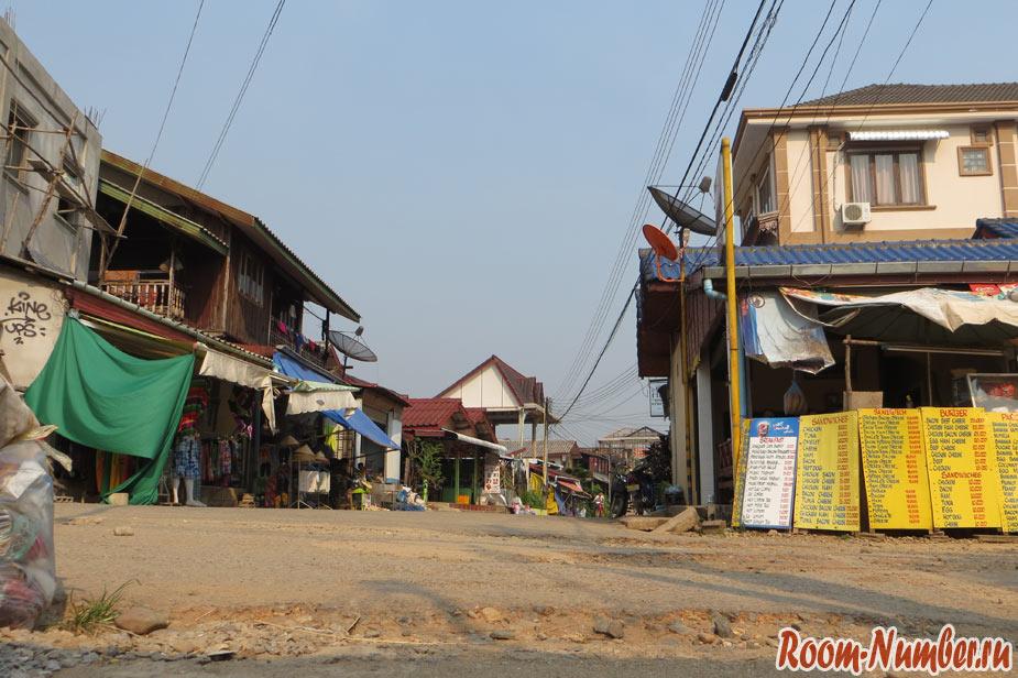 макашницы и уличная еда в vang vieng