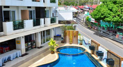 Отель на пляже Чавенг бич First Residence
