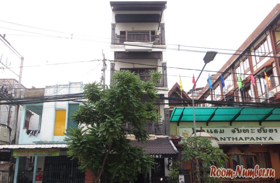 FAA Apartment – отель во Вьентьяне за 25 евро. Стоит ли переплачивать за отели в Лаосе