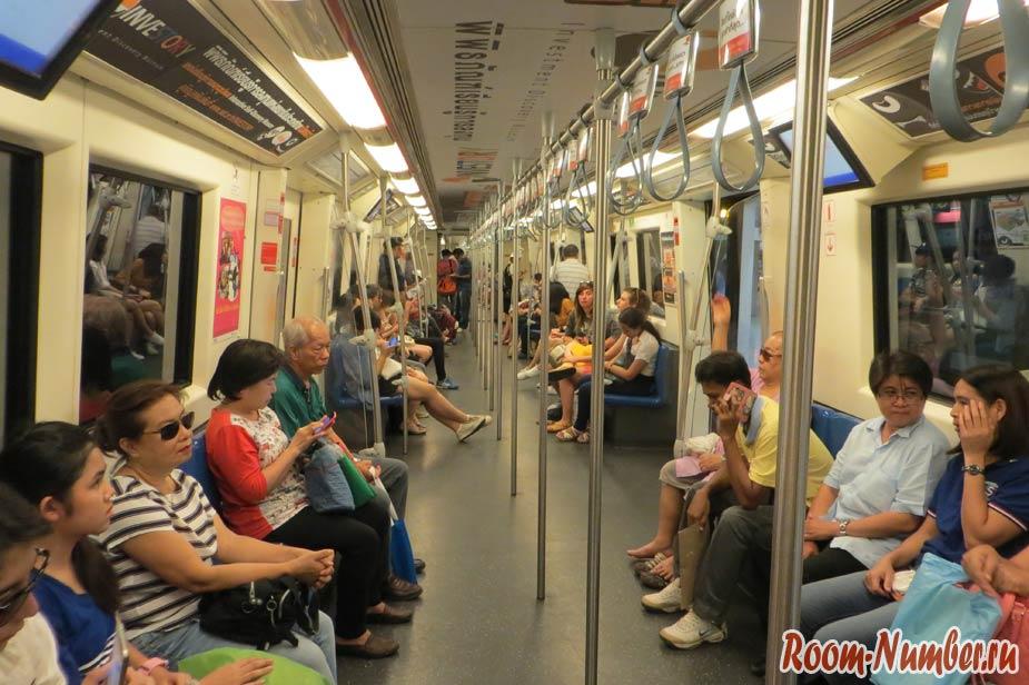вагон метро в бангкоке