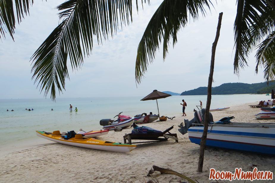 Левая часть пляж бай сао фукуок вьетнам