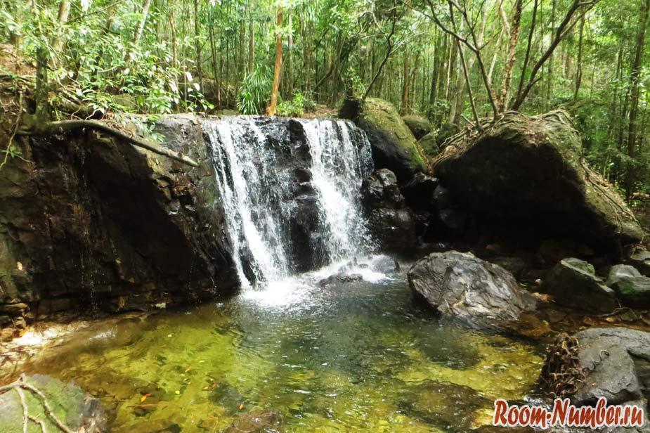 vodopad-na-fukuoke-11