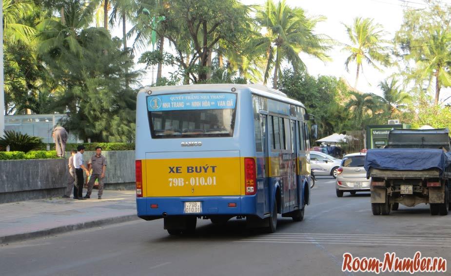 avtobusy-v-nyachange-08