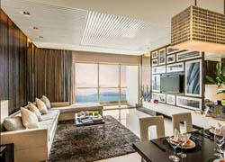 Diamond Bay Condo