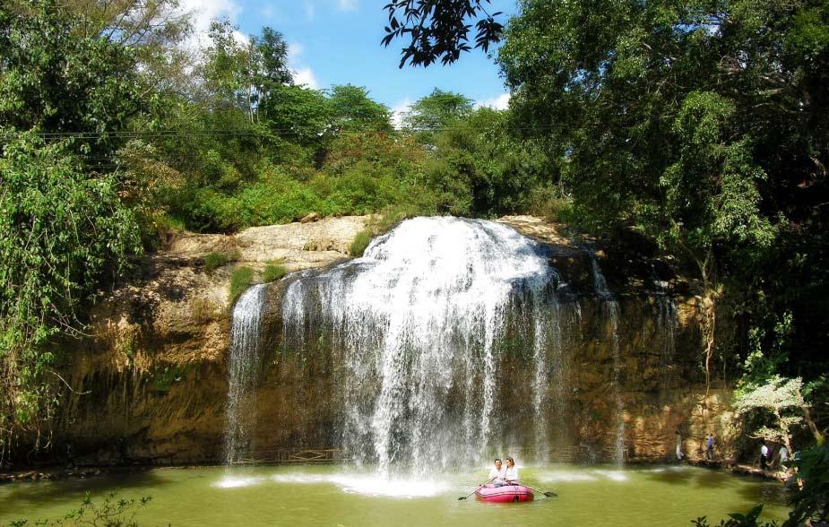 Водопад Пренн. Вьетнам, Далат. Посмотреть водопад и покататься на слоне