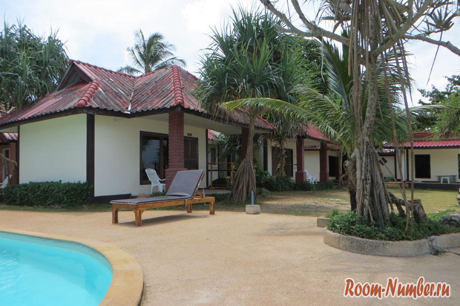 Отель с бассейном на Ко Ланте: Lanta Nice Beach Resort. Если на Ланту, то только на первую линию